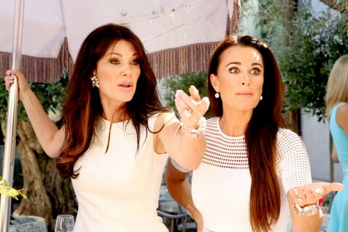 """The Real Housewives of Beverly Hills Premiere Recap Season 5 """"Guess Who's Coming to the White Party?"""""""