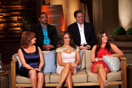 The real housewives of new jersey season 4 reunion part 3 for Where do real housewives of new jersey live