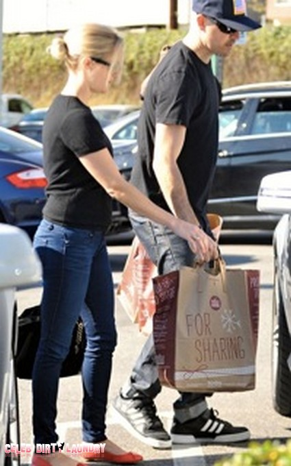 Reese Witherspoon and Hubby Jim Toth Brave Whole Foods on Christmas Eve