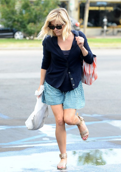 Reese Witherspoon's Drinking Problem: Jim Toth Tell's Wife To Sober Up and Save Career?