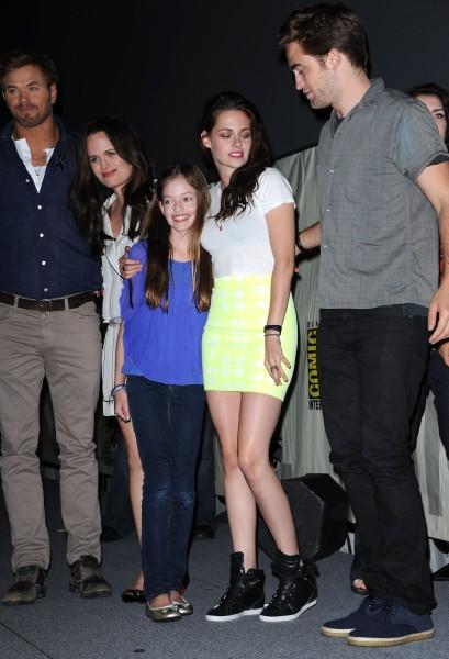 Reunited Robert Pattinson And Kristen Stewart Still Fighting Over Rupert Sanders 0919