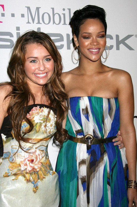 Rihanna and Miley Cyrus Agree To Make Out: A Threesome With January Jones? (VIDEO)