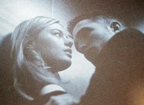 Robert Pattinson's Dior French Kiss With Camille Rowe - Ooh la la! (Photo)