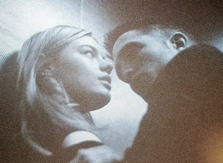 Robert Pattinson's Dior French Kiss With Camille Rowe - Ooh la la! (Photo)