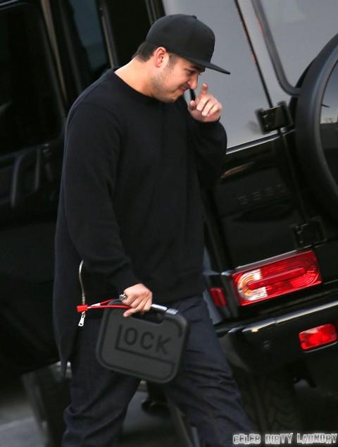 Rob Kardashian Admits He Cries Over His Small Penis - Rita Ora Was Right!