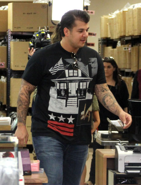 Rob Kardashian Moves To Florida To Be Near Secret Love Child