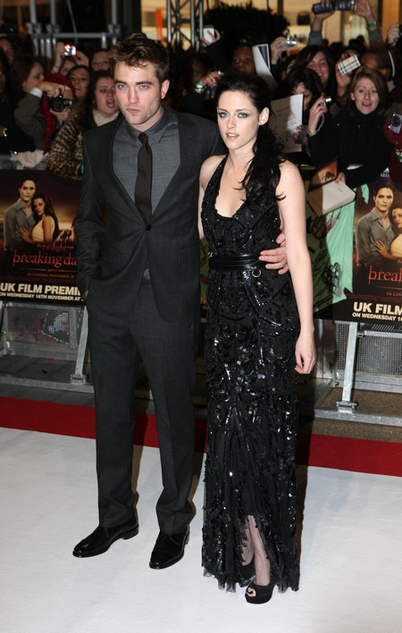 Kristen Stewart and Robert Pattinson Starring Together In New Twilight Romance Biopic?