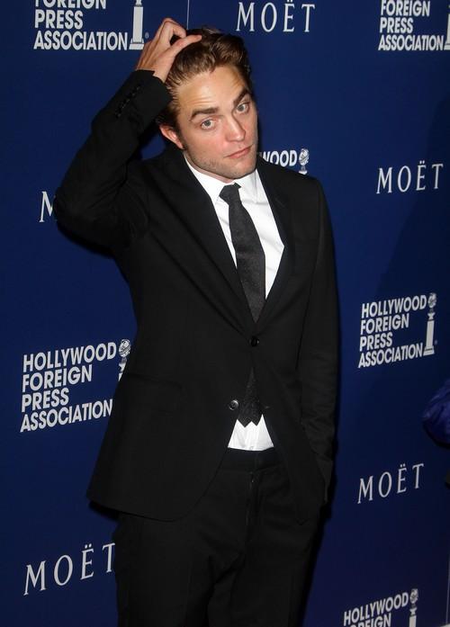 Kristen Stewart and Robert Pattinson Dating: Twilight Stars In Love - Nicholas Hoult, Jennifer Lawrence Don't Matter!