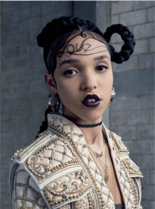 FKA Twigs: Dating Robert Pattinson for PR - Girlfriend Tahliah Barnett's First Album Just Dropped, Coincidence?