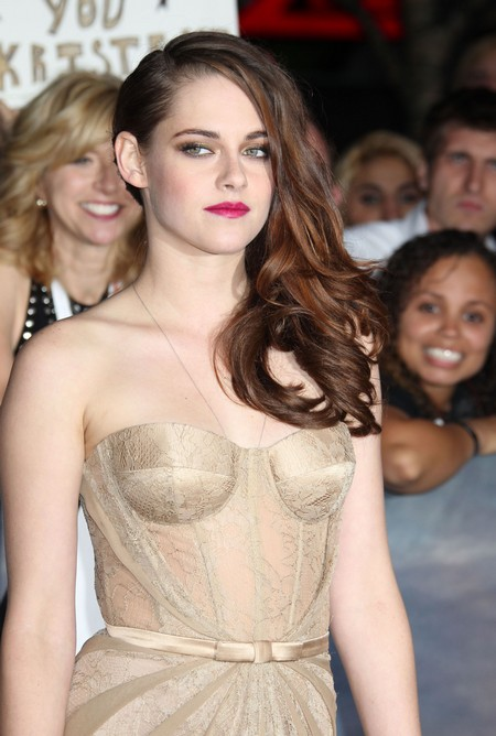 Kristen Stewart, Robert Pattinson, and Taylor Lautner Furious To See Abused Animals