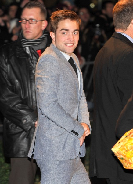 Robert Pattinson Partying With Mystery Women, Falling Apart Without Kristen Stewart 0627