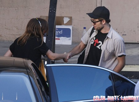 Robert Pattinson and Kristen Stewart Move Back In Together As Moving Van Arrives