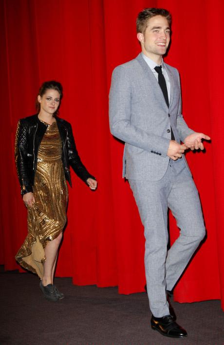 Robert Pattinson, Kristen Stewart Split: Rob Dressed in All Black with Broken Heart -- In Mourning!
