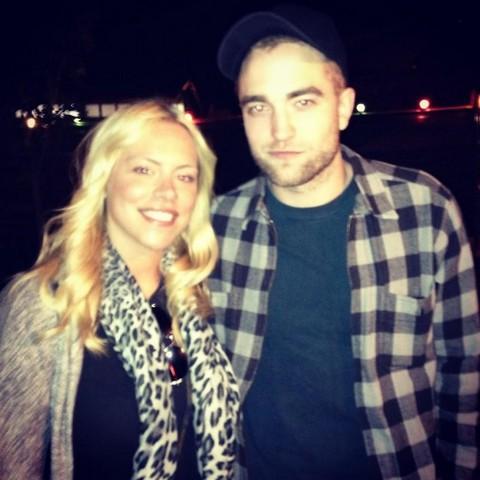 Robert Pattinson Pursues a Hot Blonde – Kristen Stewart Jealous?