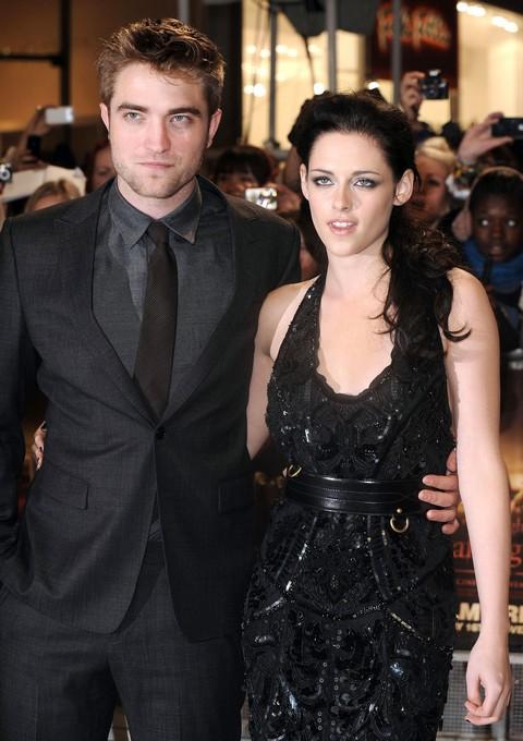 Robert Pattinson Tells Kristin Stewart Valentine's Day Is Marriage Proposal or Breakup Time