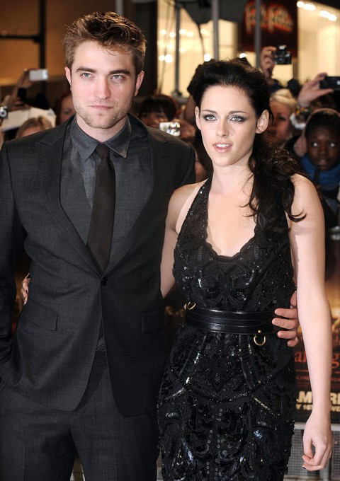 Robert Pattinson Tells Kristin Stewart Valentine's Day Is Marriage Proposal or Breakup Time