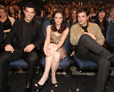 Robert Pattinson & Taylor Lautner Fighting Over Kristen Stewart?