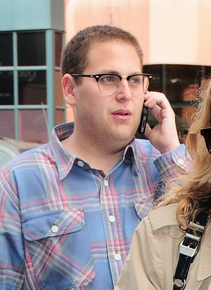 Jonah Hill Has Impromptu Interview Via Twitter