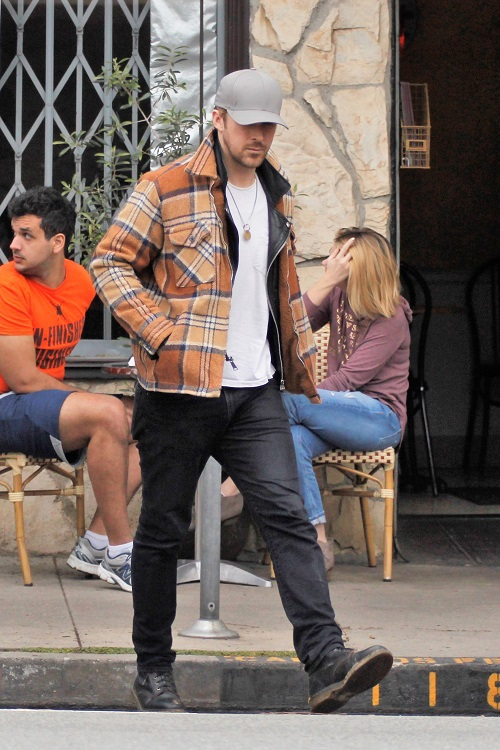 Ryan Gosling And Eva Mendes Spotted With Kids For First Time!