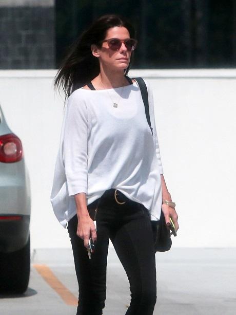 Sandra Bullock and Chelsea Handler Fighting Hard For Chris Evans' Love: Feud Gets Ugly!
