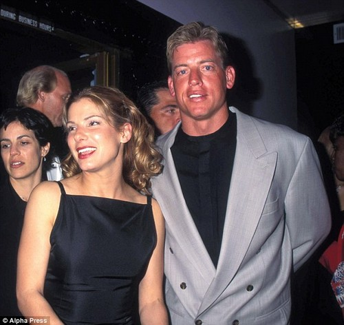 Former boyfriend and girlfriend: Troy Aikman and Sandra Bullock