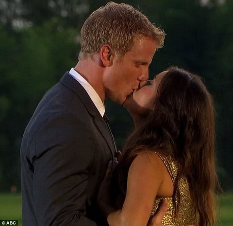The Bachelor Sean Lowe & Catherine Giudici Move In Together -- But They Still Sleep in Separate Bedrooms!