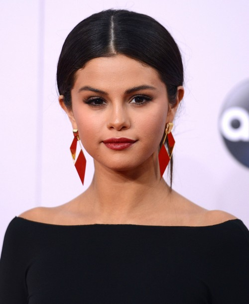 Selena Gomez Sells Iggy Azalea and Boyfriend Nick Young Disgusting Mansion After Justin Bieber Helped Her Destroy It