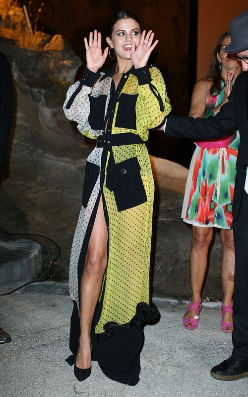Selena Gomez Fashion Fail at Ischia Global Film & Music Fest 2014 (PHOTOS)