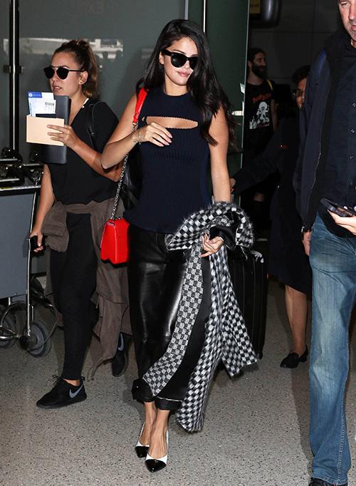 The best: is selena gomez dating rob kardashian