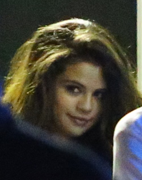 Selena Gomez and Justin Bieber Canada Hook-Up: Biebs Trying To Repair Public Image