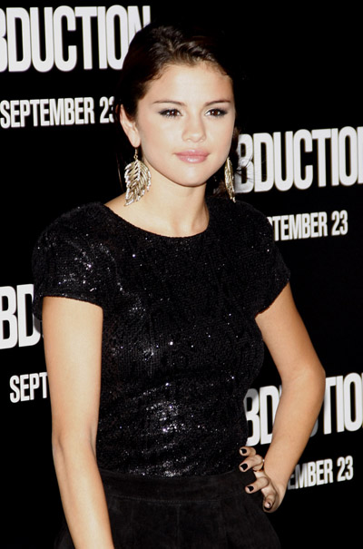 Is Selena Gomez Planning To Propose To Justin Bieber?