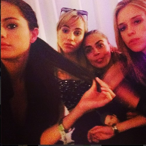 Selena Gomez Drug and Rehab Rumors After Justin Bieber Break-Up, Nepal and Partying With Cara Delevingne