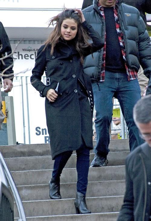 Justin Bieber And Selena Gomez Fight Over Kristina, Justin's New Girlfriend