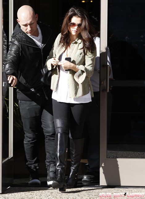 Selena Gomez and Justin Bieber Baby Scare – Pregnancy Behind Emergency Doctor Visit?
