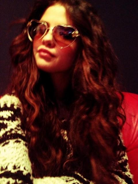 Selena Gomez The Ultimate Groupie – One Directions' Niall Horan Next Boyfriend?