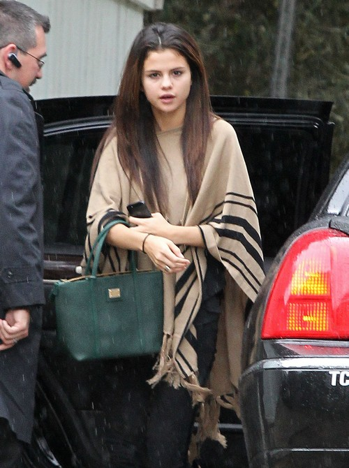 Selena Gomez Attends 12 Step Meeting With Demi Lovato - Rehab Next Step?