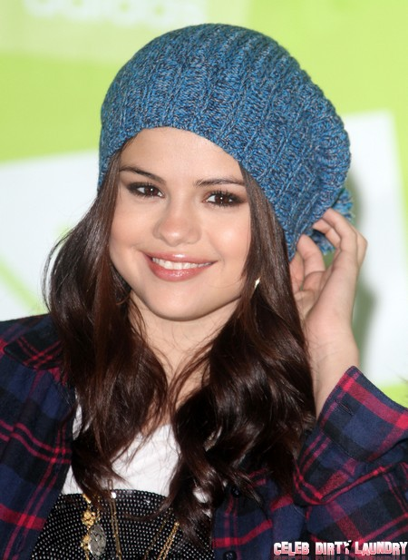 Does Selena Gomez Smoke Marijuana Like Justin Bieber?