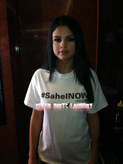 Selena Gomez Goes Braless On Twitter (Photo)