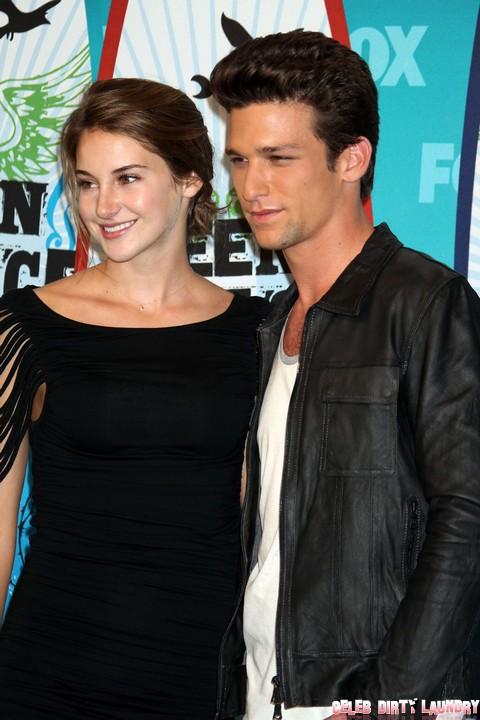 Fifty Shades of Grey Movie: Shailene Woodley for Anastasia Steele Says Kinky Writer EL James