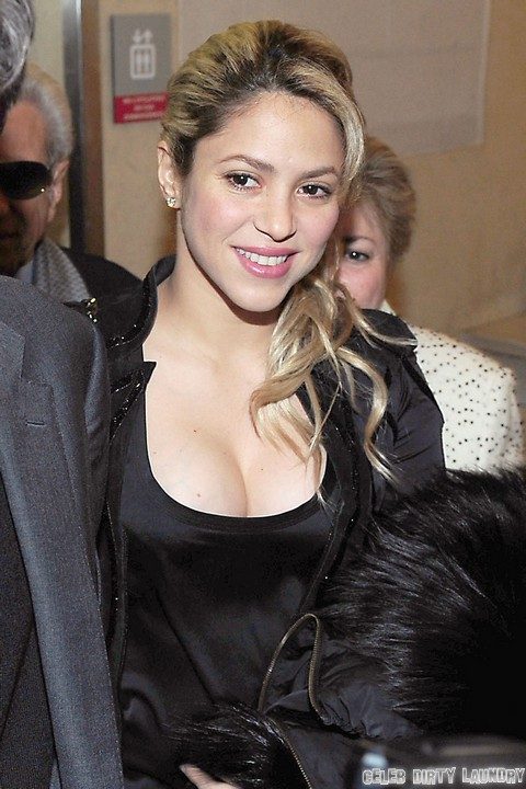 Shakira's Rude Debut On The Voice Season Four: Show Faces Cancellation (Video)