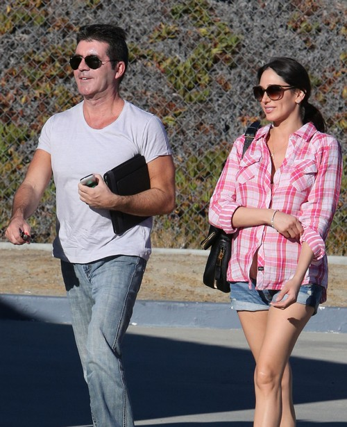 "Simon Cowell Says ""NO"" to Marrying Pregnant Baby Mama StarF***er Lauren Silverman (VIDEO)"