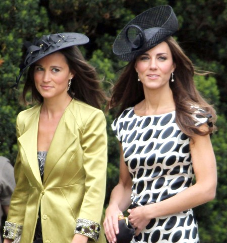 Pippa Middleton Replaces The Queen! Joins Kate Middleton At Wimbledon Finals 0708