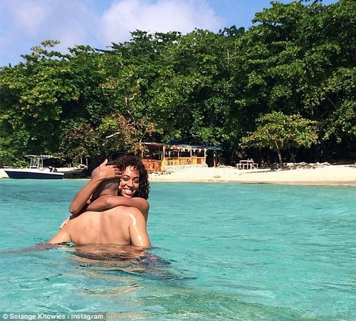 Solange Knowles Engaged To Alan Ferguson - Insisting Beyonce Divorce Jay-Z and Find Someone New?