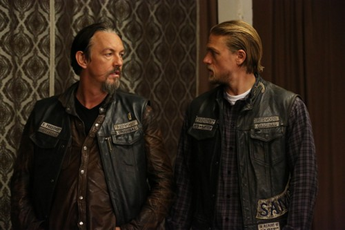 """Sons of Anarchy Recap - """"What a Piece of Work Is Man"""" - Bobby's Fate Revealed: Season 7 Episode 9"""