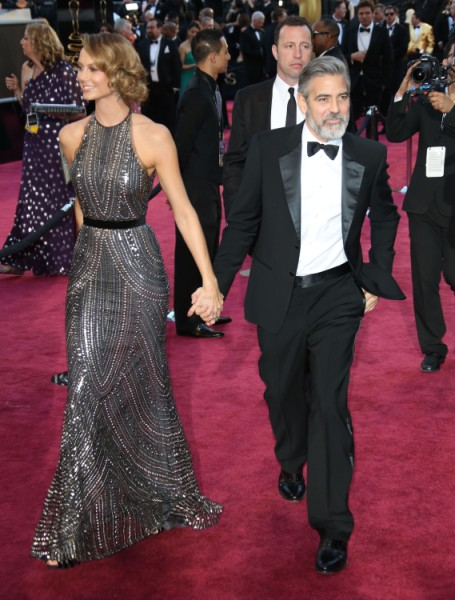 George Clooney And Stacy Keibler Over? Couple Spend Fourth Of July Miles Apart 0707