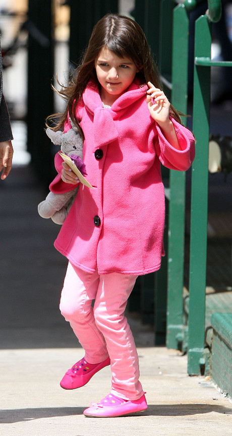 Suri Cruise Called Brat and other Vile Names by Outraged Paparazzo in NYC! (VIDEO)