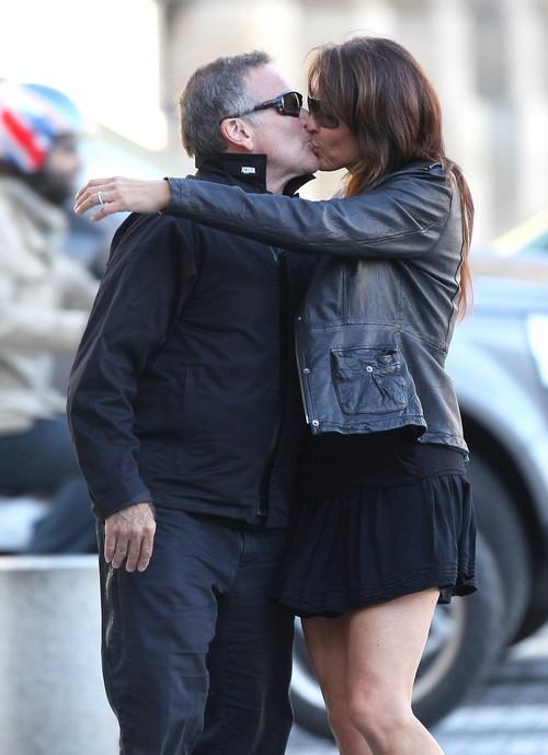 Robin Williams Daughter Zelda Posts Rant About Greedy Wife Susan Schneider