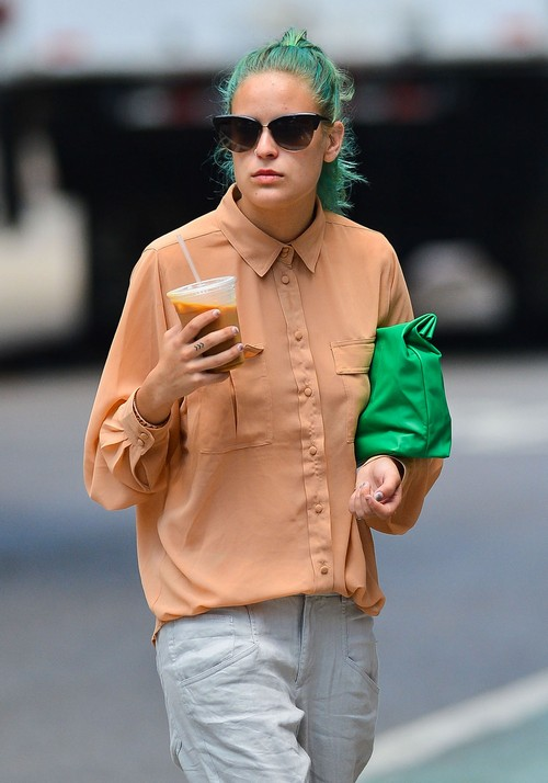 Tallulah Willis Enters Rehab for Cocaine and Alcohol Abuse at The Meadows