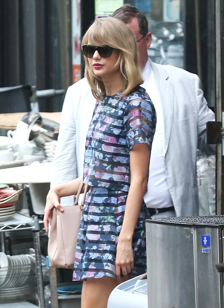 Taylor Swift and John Mayer Caught Leaving Chateau Marmont Together - Dating Again - Giving Relationship Another Try