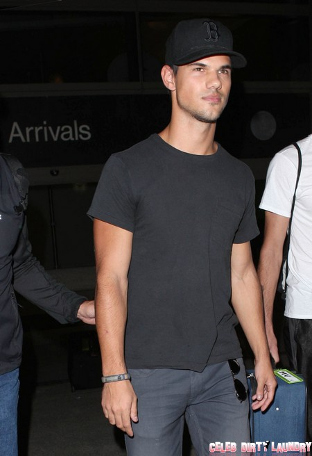 Taylor Lautner Is Really Ashamed of Kristen Stewart But He Can't Say So